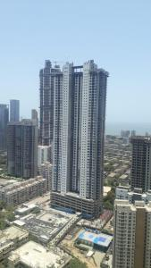 Gallery Cover Image of 3295 Sq.ft 4 BHK Apartment for buy in Raheja Imperia I, Lower Parel for 140000000