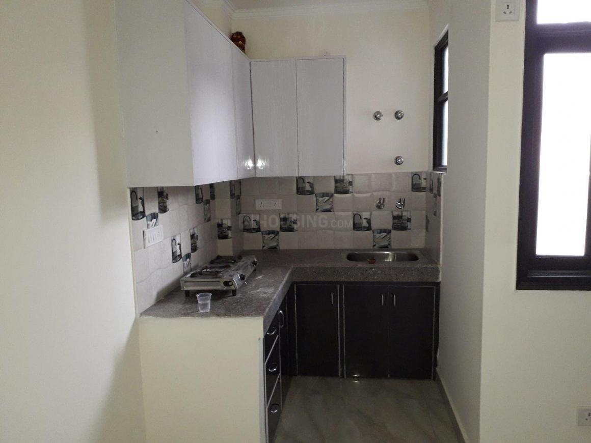 Kitchen Image of 450 Sq.ft 1 BHK Apartment for rent in Chhattarpur for 8000