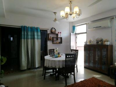 Gallery Cover Image of 2700 Sq.ft 3 BHK Independent Floor for buy in Sant Nagar for 12000000