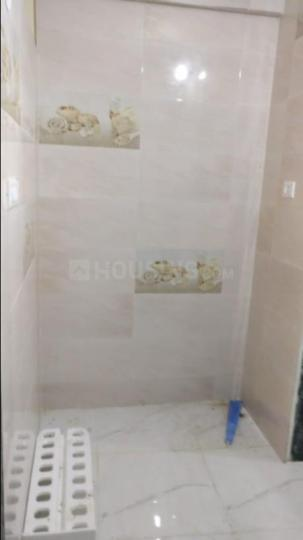 Bathroom Image of 300 Sq.ft 1 BHK Independent Floor for rent in Airoli for 10000