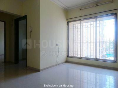 Gallery Cover Image of 615 Sq.ft 1 BHK Apartment for rent in Bhoomi Elegant, Kandivali East for 21000