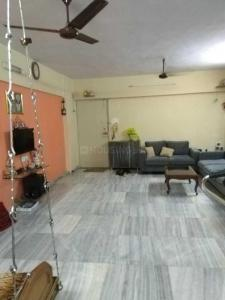 Gallery Cover Image of 1200 Sq.ft 2 BHK Apartment for rent in Kandivali West for 36000