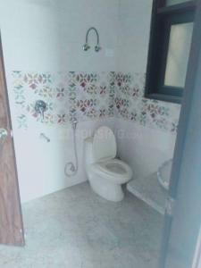 सईद-उल-अजाइब में फ्रीडम फाइटर एनक्लेव के बाथरूम की तस्वीर