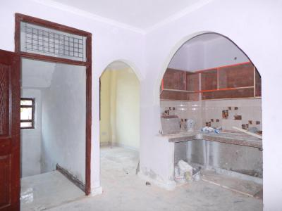 Gallery Cover Image of 450 Sq.ft 1 BHK Independent Floor for buy in Razapur Khurd for 1600000
