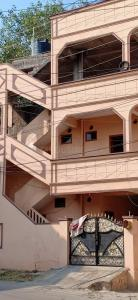 Gallery Cover Image of 2100 Sq.ft 3 BHK Independent House for buy in Malkajgiri for 8500000