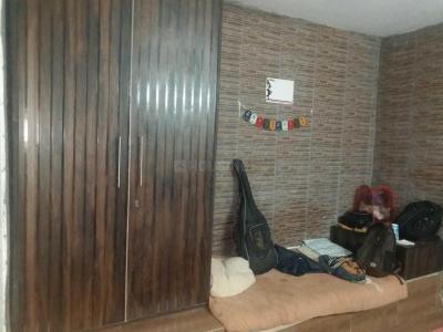 Bedroom Image of PG 4040330 Kalkaji in Kalkaji