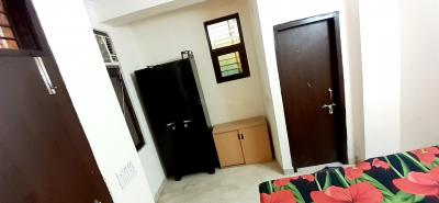 Gallery Cover Image of 1290 Sq.ft 1 BHK Independent Floor for rent in Sector 126 for 6000