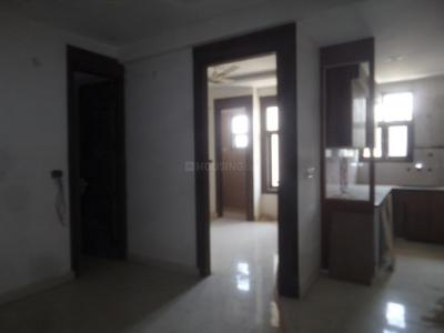 Gallery Cover Image of 650 Sq.ft 2 BHK Apartment for rent in Raju Parak Extension for 15000
