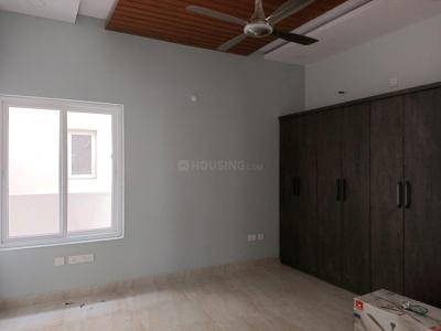 Gallery Cover Image of 3380 Sq.ft 4 BHK Villa for rent in Kismatpur for 80000