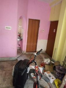 Gallery Cover Image of 750 Sq.ft 2 BHK Independent House for rent in Sodepur for 7000