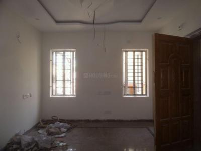 Gallery Cover Image of 1050 Sq.ft 2 BHK Apartment for buy in Arumbakkam for 9500000