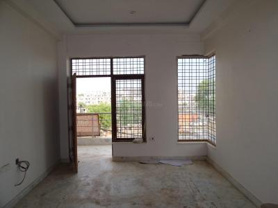 Gallery Cover Image of 2400 Sq.ft 3 BHK Independent Floor for buy in Sector 52 for 11500000