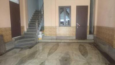 Gallery Cover Image of 900 Sq.ft 2 BHK Independent Floor for rent in Madanpur Khadar for 14000