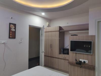 Gallery Cover Image of 1400 Sq.ft 3 BHK Apartment for rent in TATA Sherwood, Vibhutipura for 35000