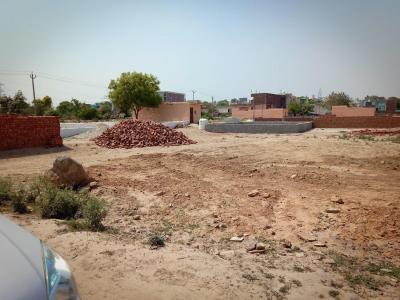 Gallery Cover Image of  Sq.ft Residential Plot for buy in Sangam Vihar for 720000