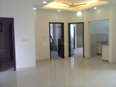 Gallery Cover Image of 1700 Sq.ft 3 BHK Apartment for rent in Sector 6 Dwarka for 25000