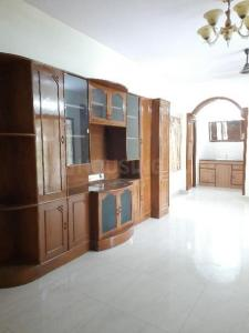 Gallery Cover Image of 1635 Sq.ft 3 BHK Apartment for rent in Choolaimedu for 26000
