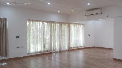 Gallery Cover Image of 2500 Sq.ft 3 BHK Villa for rent in Neelankarai for 150000