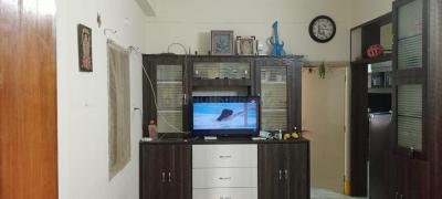 Gallery Cover Image of 800 Sq.ft 2 BHK Apartment for rent in Sai Sadan Apartment, Hafeezpet for 11000