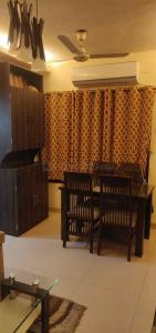 Gallery Cover Image of 1100 Sq.ft 3 BHK Apartment for rent in Kandivali East for 40000
