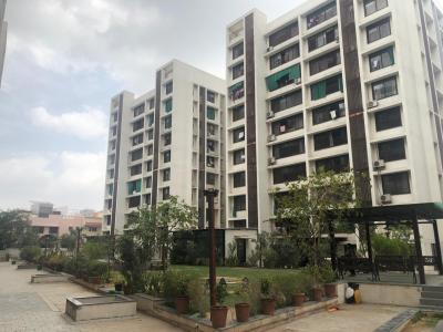 Gallery Cover Image of 1300 Sq.ft 2 BHK Apartment for rent in Paldi for 25000