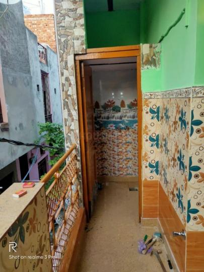 Living Room Image of 450 Sq.ft 1 BHK Independent House for rent in Bhalswa for 8000