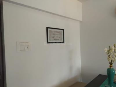 Gallery Cover Image of 625 Sq.ft 1 BHK Apartment for buy in Thane West for 7400000
