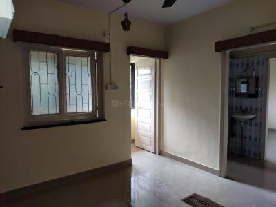 Gallery Cover Image of 410 Sq.ft 1 RK Apartment for rent in Thane West for 12500