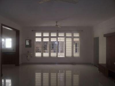 Gallery Cover Image of 2000 Sq.ft 3 BHK Apartment for rent in Sanjaynagar for 34000