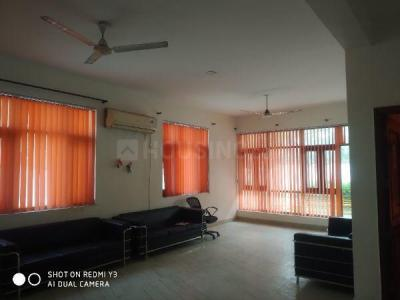 Gallery Cover Image of 4000 Sq.ft 3 BHK Independent House for rent in Sector 50 for 35000