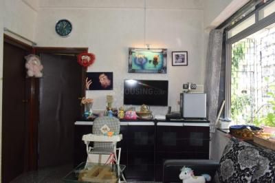 Gallery Cover Image of 625 Sq.ft 3 BHK Apartment for rent in Worli for 21000