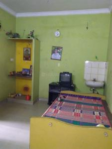 Gallery Cover Image of 850 Sq.ft 2 BHK Apartment for rent in Mylapore for 25000