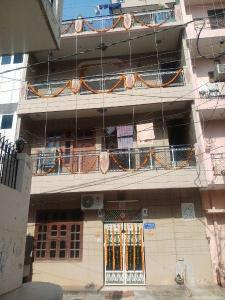 Gallery Cover Image of 1850 Sq.ft 6 BHK Independent House for buy in Sector 13 for 6200000