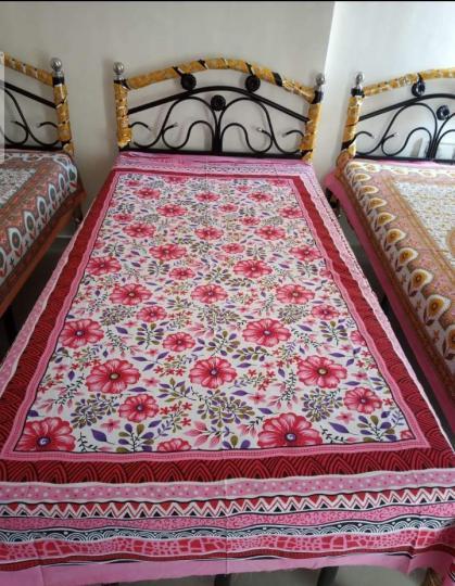 भांडूप वेस्ट में पेइंग गेस्ट मेल फीमेल विखरोली के बेडरूम की तस्वीर