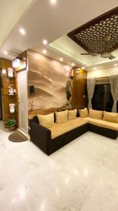 Gallery Cover Image of 938 Sq.ft 2 BHK Apartment for buy in Baishnabghata Patuli Township for 6800000