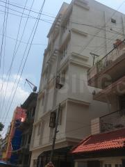 Gallery Cover Image of 500 Sq.ft 1 RK Independent Floor for rent in Koramangala for 10000