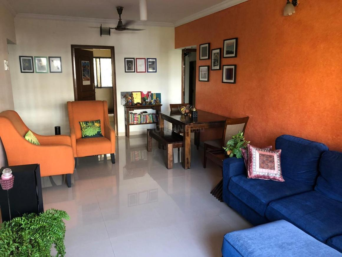 Living Room Image of 920 Sq.ft 2 BHK Apartment for rent in Bandra West for 80000