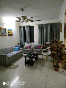 Gallery Cover Image of 1040 Sq.ft 2 BHK Apartment for buy in Aundh for 11500000