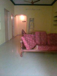 Gallery Cover Image of 1400 Sq.ft 3 BHK Independent Floor for rent in Ramapuram for 22000