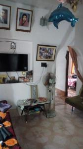 Gallery Cover Image of 1500 Sq.ft 3 BHK Independent Floor for buy in Barrackpore for 5000000