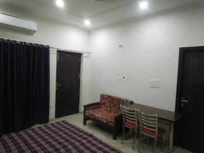 Gallery Cover Image of 300 Sq.ft 1 RK Apartment for buy in AWHO Sispal Vihar, Sector 49 for 1600000