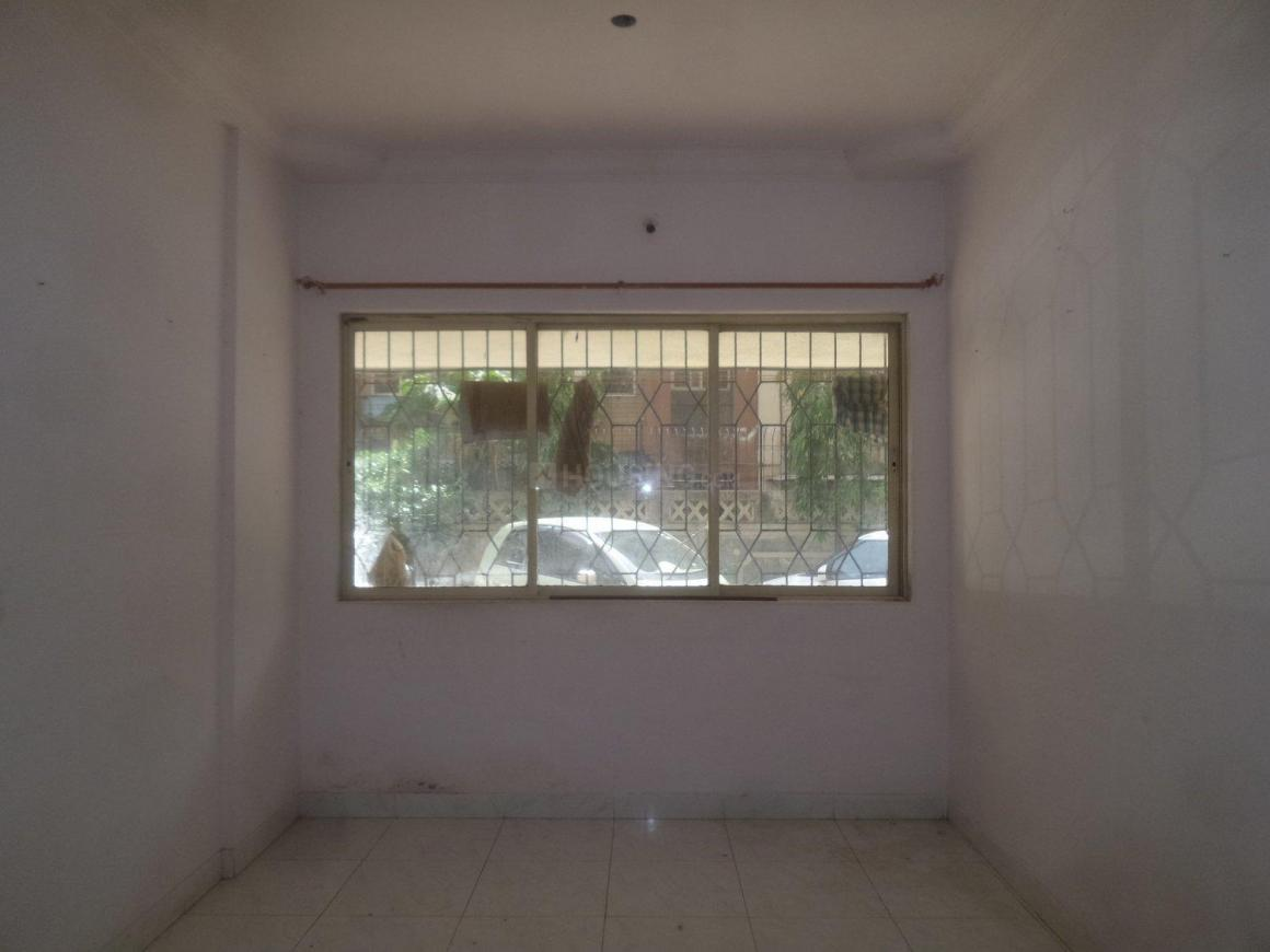 Living Room Image of 550 Sq.ft 1 BHK Apartment for rent in Mira Road East for 11000