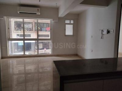 Gallery Cover Image of 700 Sq.ft 2 BHK Apartment for rent in Omkar Meridia, Kurla West for 38000