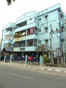 Gallery Cover Image of 918 Sq.ft 2 BHK Apartment for rent in Kristal Sapphire, BTM Layout for 23000
