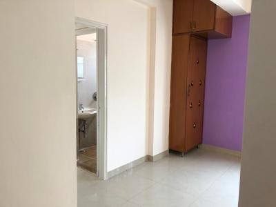 Gallery Cover Image of 600 Sq.ft 1 BHK Apartment for rent in Lake View Apartment, Sivanchetti Gardens for 17000