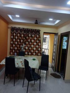 Gallery Cover Image of 1000 Sq.ft 2 BHK Apartment for buy in Kaikhali for 5500000