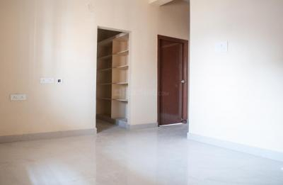 Gallery Cover Image of 350 Sq.ft 2 BHK Apartment for rent in Hafeezpet for 15700
