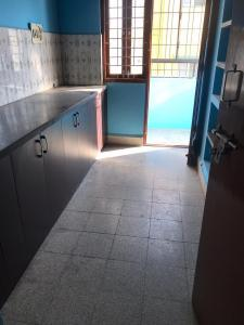 Gallery Cover Image of 800 Sq.ft 2 BHK Apartment for rent in RK Apartments, Horamavu for 11500