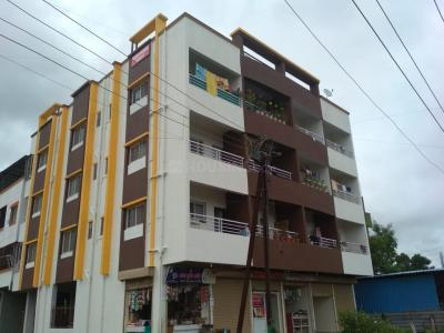Gallery Cover Image of 1200 Sq.ft 3 BHK Apartment for rent in Dhanori for 14000