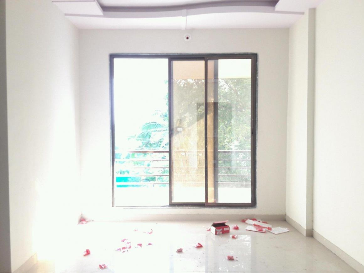 Living Room Image of 640 Sq.ft 1 BHK Apartment for buy in Kalyan West for 3520000